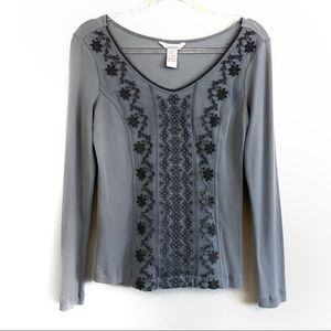 Sundance Gray Lace Overlay Waffle Knit Thermal Top